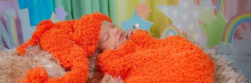 Newborn ( Yenidoğan ) Fotoğrafı